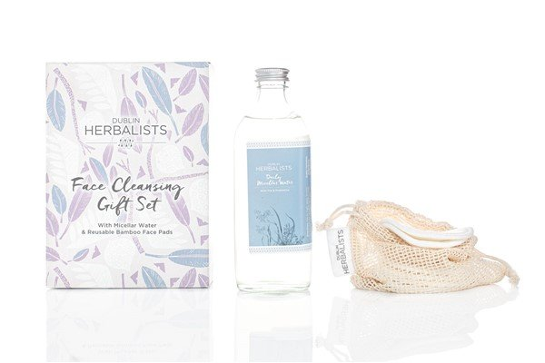 Water and Pds gift set low res (600 x 400)